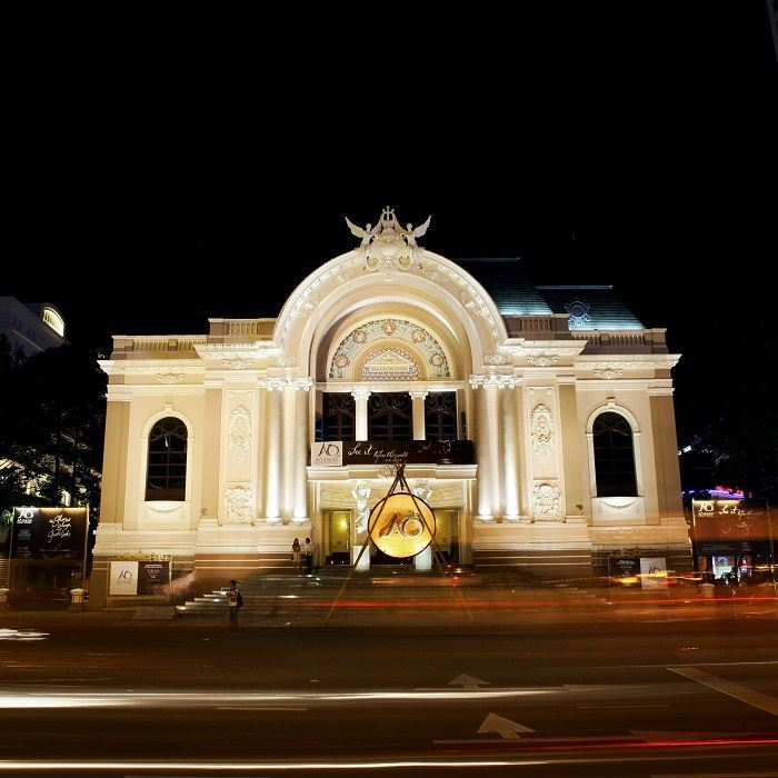 119-YEAR-OLD OPERA HOUSE