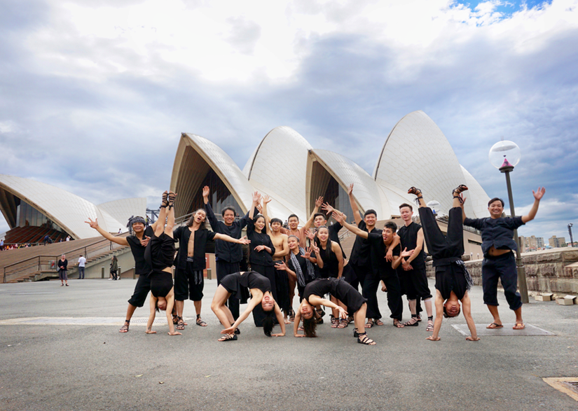 VIETNAMESE BAMBOO CIRCUS IS PROUD TO HAVE VIETNAM'S FIRST PERFORMANCE AT SYDNEY OPERA HOUSE, ONE OF THE WORLD'S MOST PRESTIGIOUS THEATERS